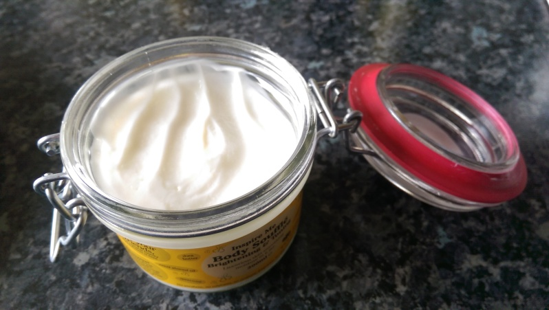Beauty Kitchen Inspire me Brightening and Toning Body Soufflé