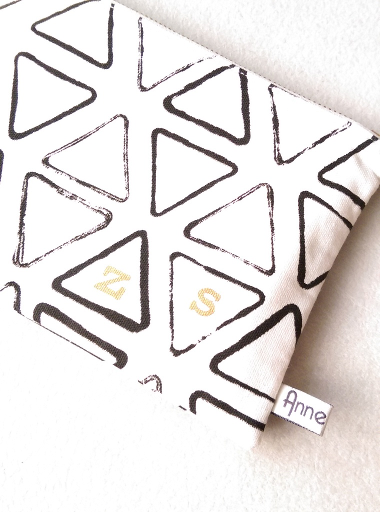 Not on the high street Anne Fortin Makeup bag 5
