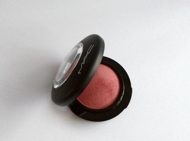 MAC Mineralize Blush in Gleeful